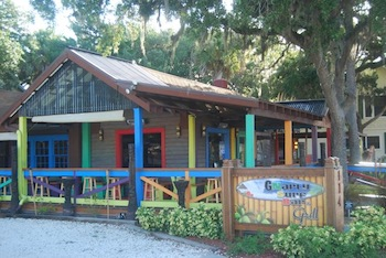 Gnaryly Surf Bar & Grill